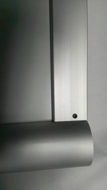Alufor-Aufsteller - U-Profil und Feststellschrauben auf Rückseite