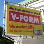 Bannerrahmen_Wand_V-Form_Wandmontage