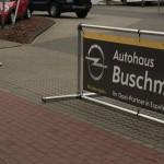 referenz-bannerrahmen-stecksystem-stand-autohaus-buschmann1