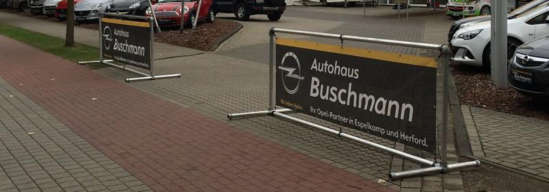 Bannerrahmen Stand ohne Bodenfreiheit - Autohaus Buschmann