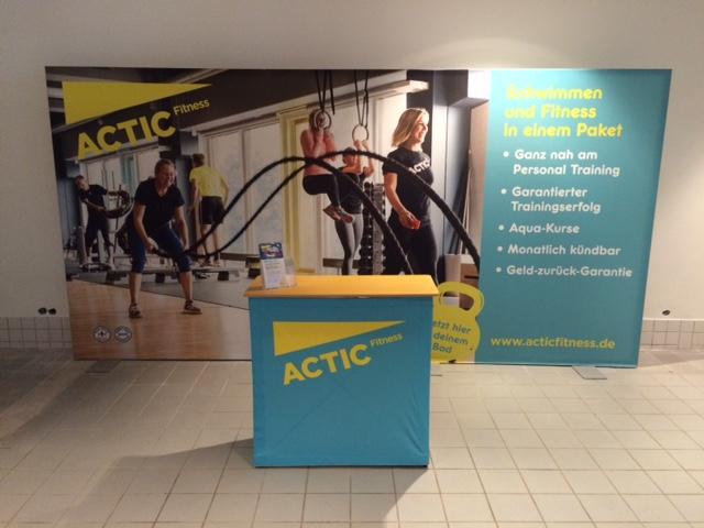 referenz-actic-fitness-textilspannrahmen-stand
